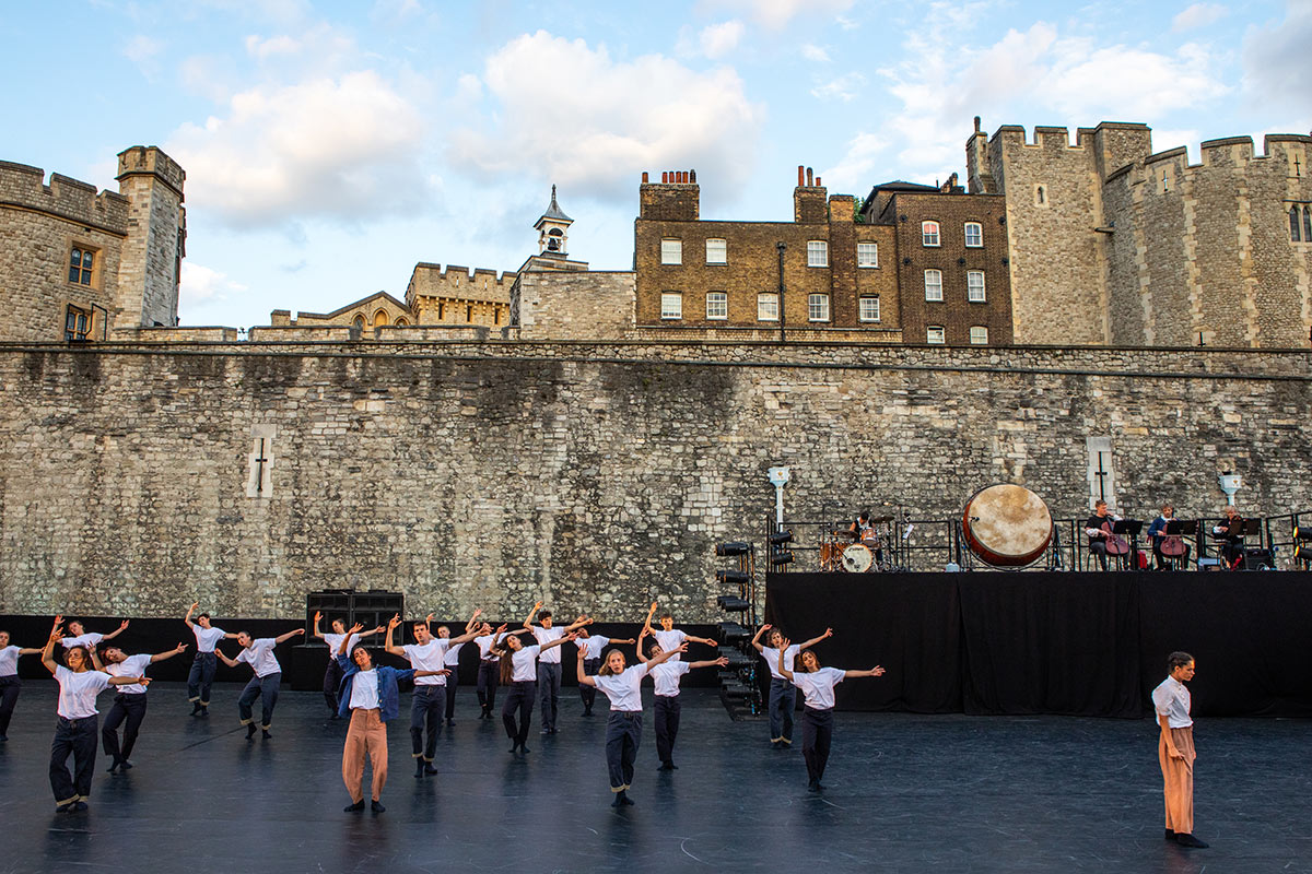 East Wall at the Tower of London - section choreographed by James Finnemore featuring Incognito Dance Company and Shift Dance Company.© Victor Frankowski. (Click image for larger version)