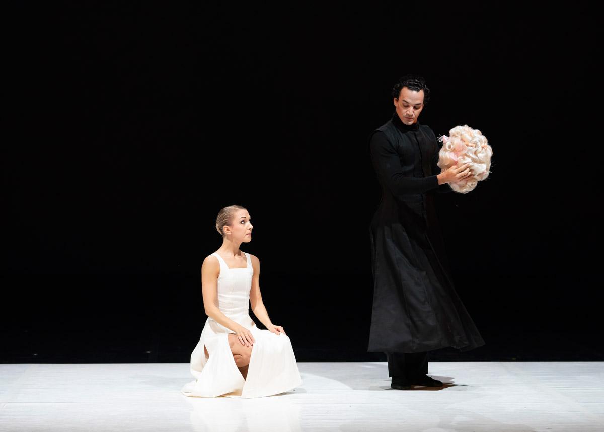 Antoinette Brooks-Daw and Javier Torres in Morgann Runacre-Temple's <I>The Kingdom of Back</I>.<br />© Emma Kauldhar. (Click image for larger version)