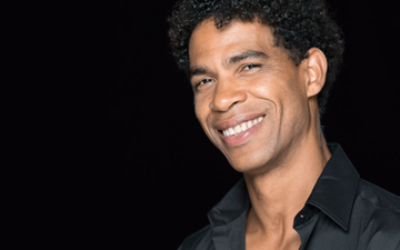 Carlos Acosta.© Johan Persson. (Click image for larger version)