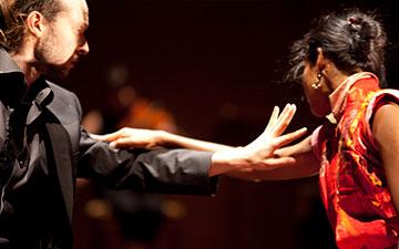 Sidi Larbi Cherkaoui and Shantala Shivalingappa in Play.© Koen Broos. (Click image for larger version)