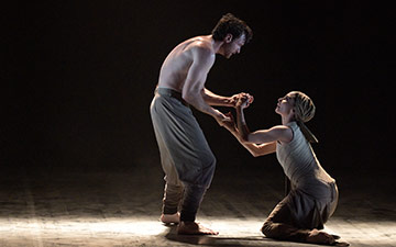 Tamara Rojo and James Streeter in Dust by Akram Khan.© Laurent Liotardo. (Click image for larger version)