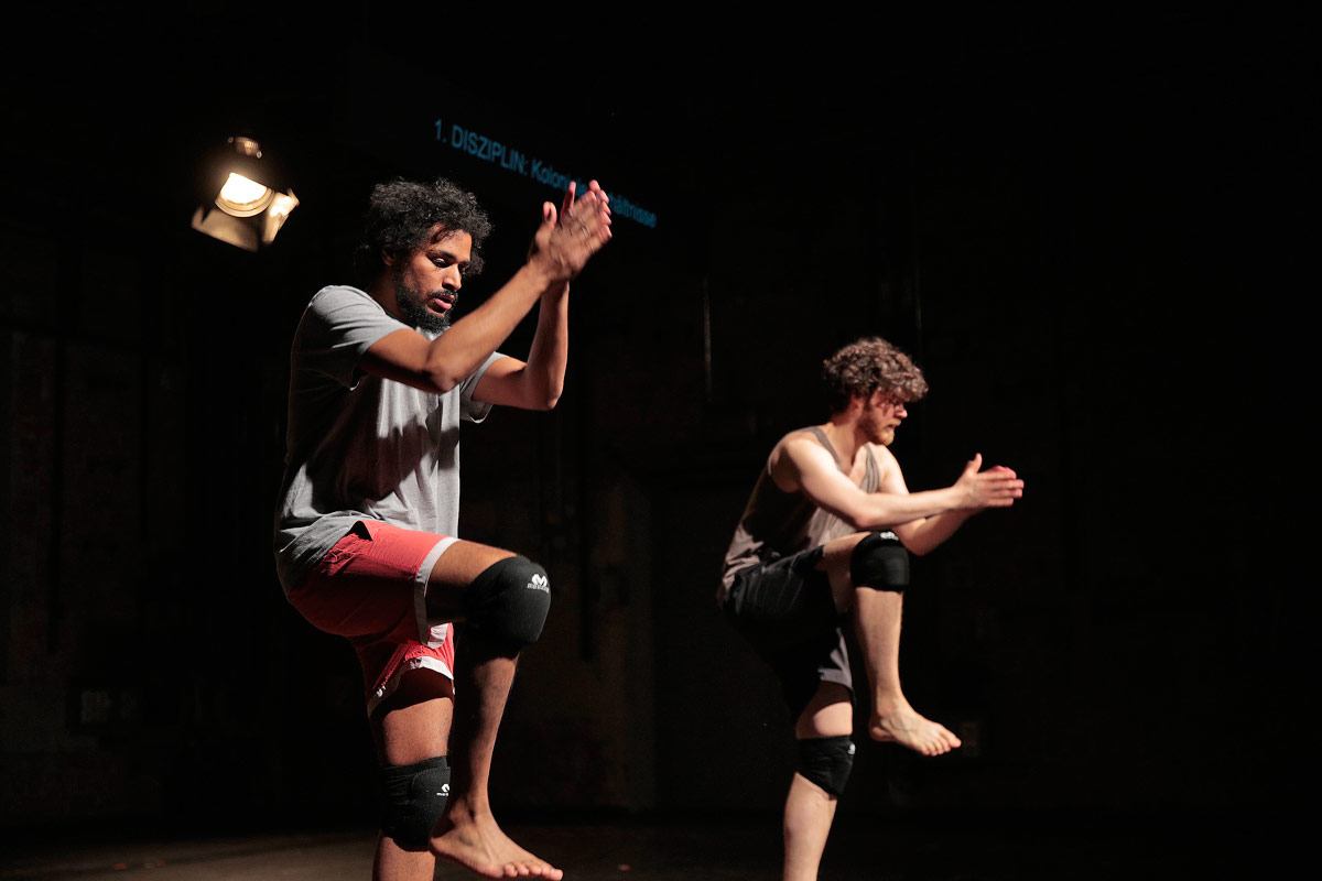 Julian Warner and Oliver Zahn in Situation With Doppelganger: Essay Performance.© Nicole Wytyczak. (Click image for larger version)