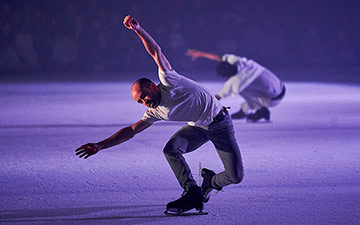 Le Patin Libre in Threshold.© Romain Guilbaul. (Click image for larger version)