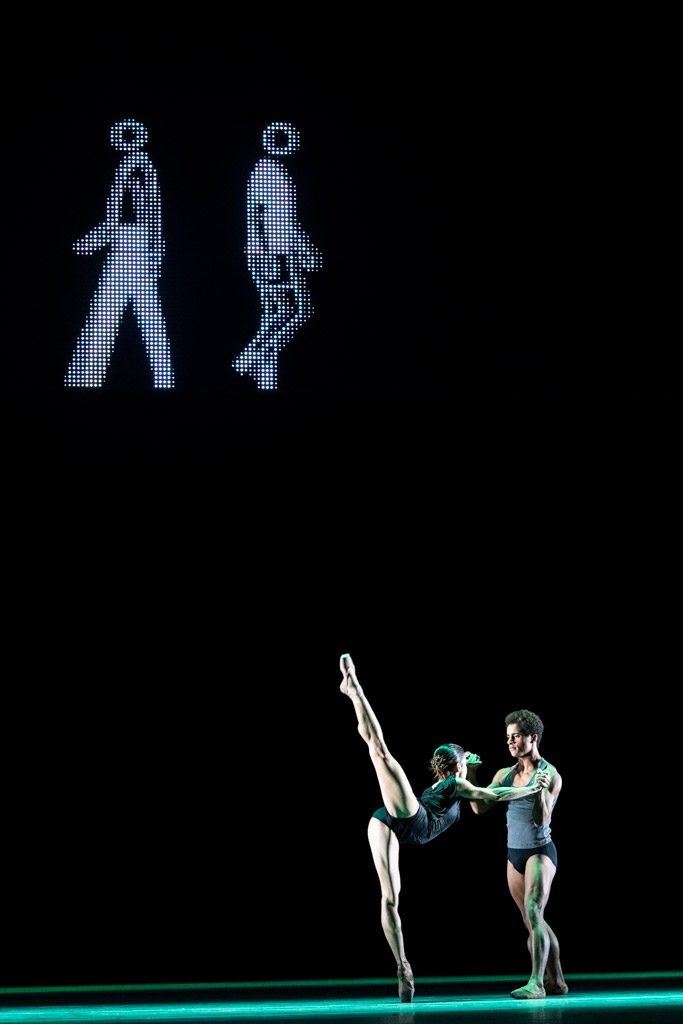 Marcelino Sambé and Mayara Magri in Infra.© Foteini Christofilopoulou, courtesy the Royal Opera House. (Click image for larger version)