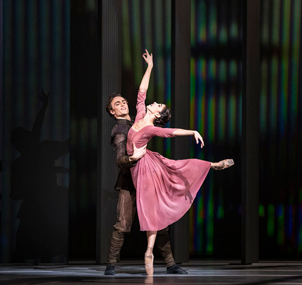 Yasmine Naghdi and Matthew Ball in <I>The Unknown Soldier</I>.<br />© Foteini Christofilopoulou, courtesy the Royal Opera House. (Click image for larger version)