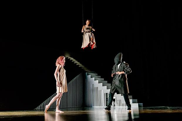 Eva Stone, Sébastien Ramirez and Honji Wang in <I>Dystopian Dream</I>.<br />© Johan Persson. (Click image for larger version)