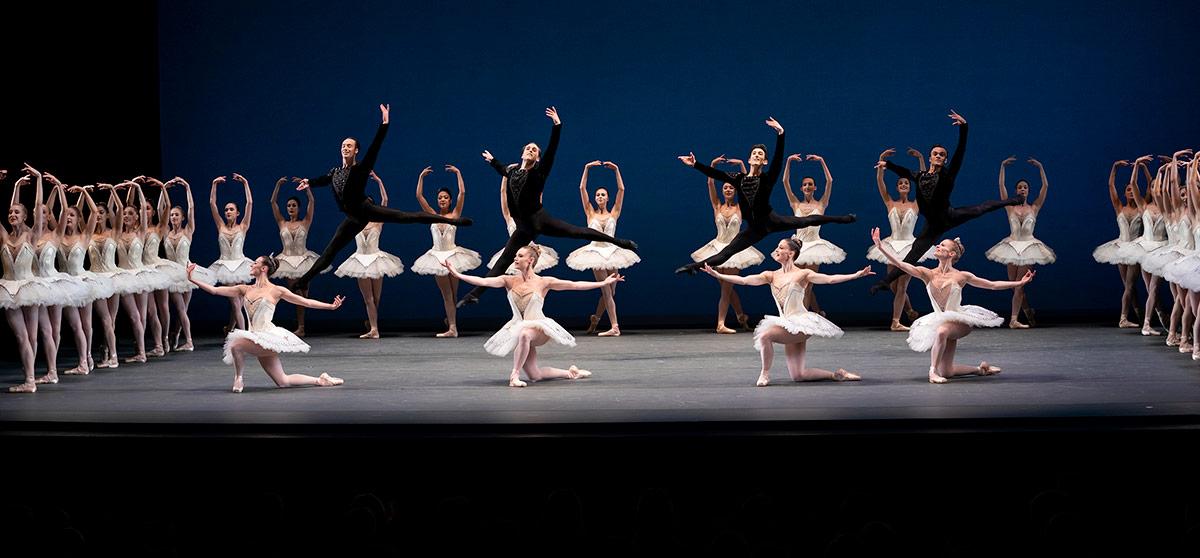 New York City Ballet in <I>Symphony in C</I>.<br />© Paul Kolnik. (Click image for larger version)