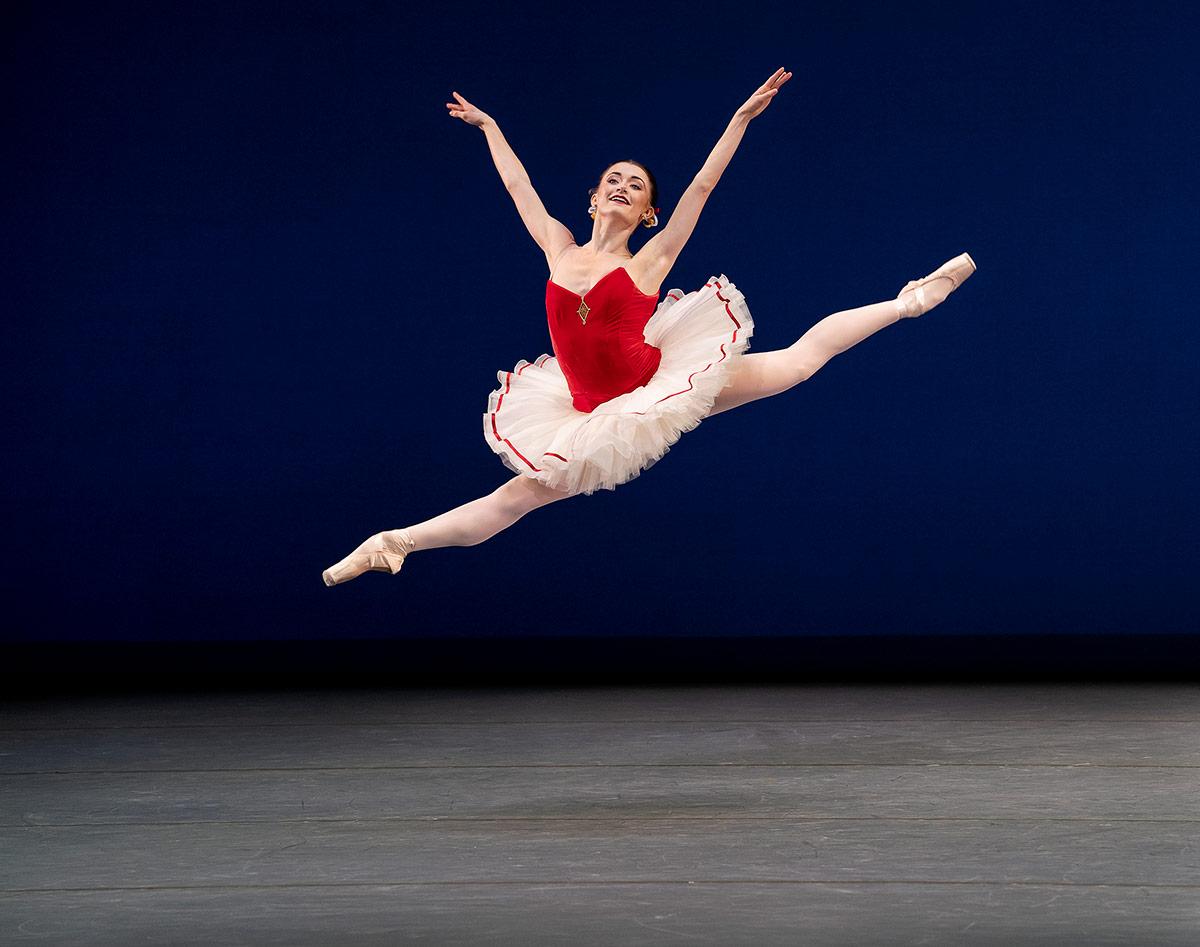 Anna Rose O'Sullivan in <I>Tarantella</I>.<br />© Paul Kolnik. (Click image for larger version)
