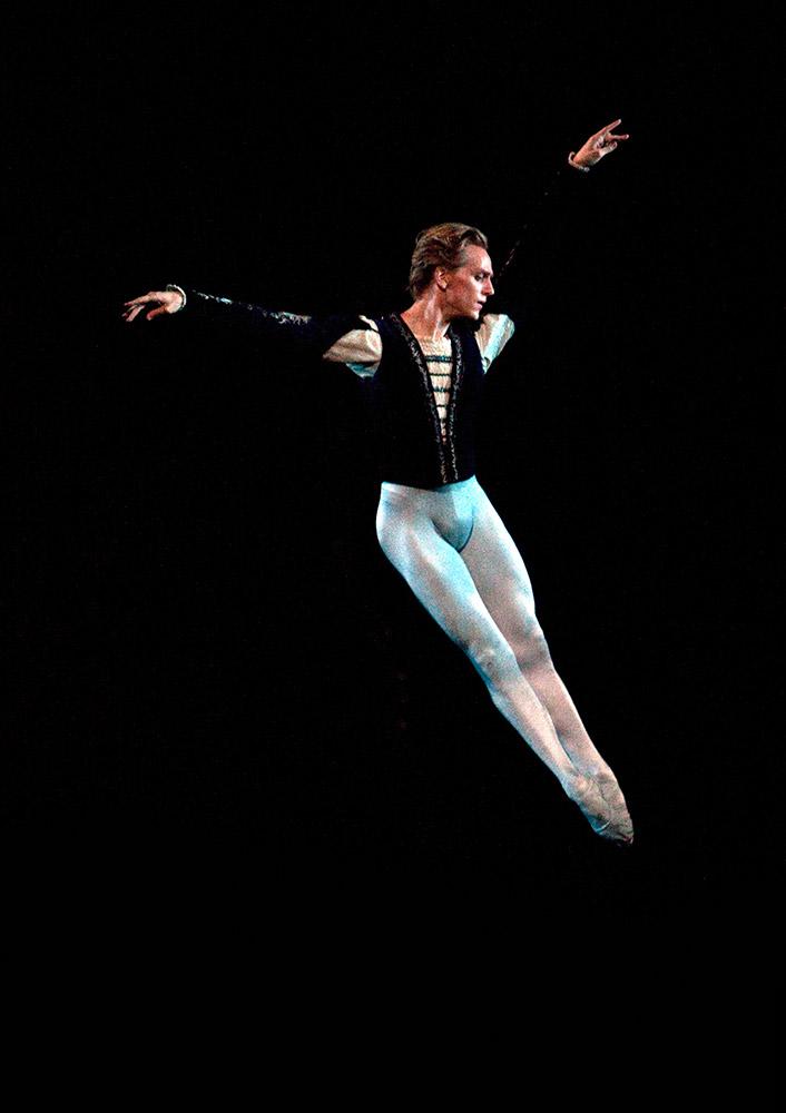 David Hallberg as Albrecht in <I>Giselle</I>.<br />© Rosalie O'Connor. (Click image for larger version)