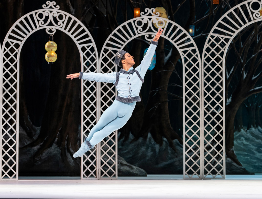 Marcelino Sambe in <I>Les Patineurs</I>.<br />© Foteini Christofilopoulou, courtesy the Royal Opera House. (Click image for larger version)