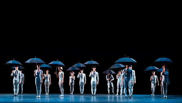 The Royal Ballet in <I>The Concert</I>.<br />© Foteini Christofilopoulou, courtesy the Royal Opera House. (Click image for larger version)