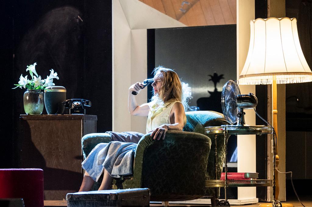 Julie Shanahan in Bon Voyage, Bob...© Foteini Christofilopoulou. (Click image for larger version)