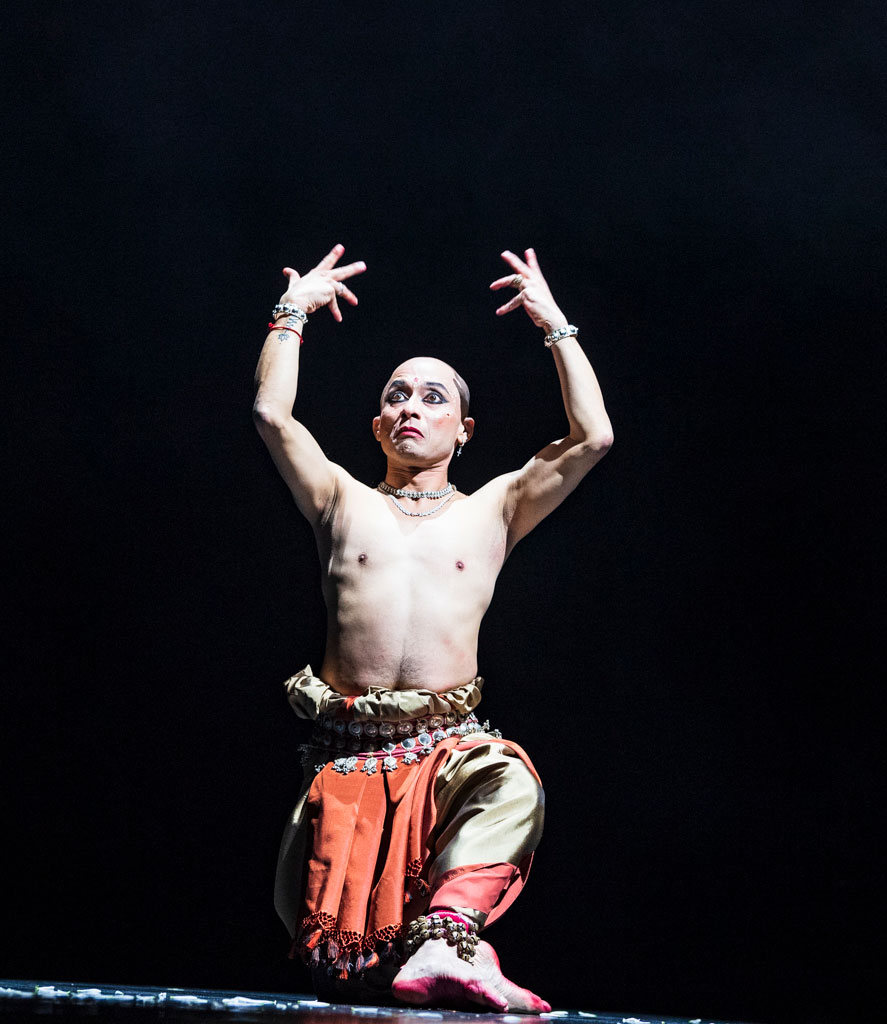 Mavin Khoo in an Odissi Solo to live music.<br />© Foteini Christofilopoulou. (Click image for larger version)