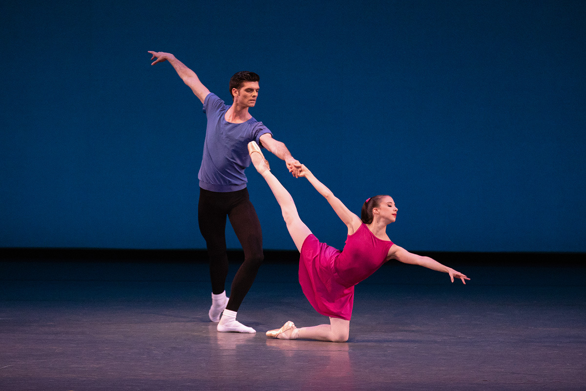 Erica Pereira and Peter Walker in Jerome Robbins' Interplay.© Paul Kolnik. (Click image for larger version)