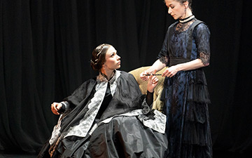 Abigail Prudames (Victoria) and Pippa Moore (older Princess Beatrice) in Victoria.© Emma Kauldhar. (Click image for larger version)