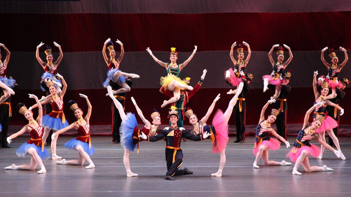 The Sarasota Ballet in George Balanchine's Stars and Stripes.© Frank Atura. (Click image for larger version)