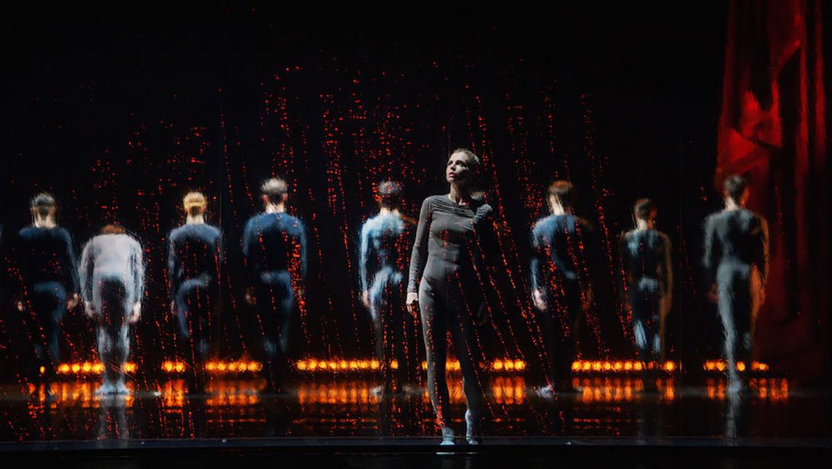 Perm Ballet in <I>Asunder</I>.<br />© Mark Olich. (Click image for larger version)