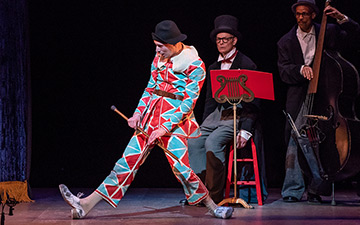 Warren Craft in Harlequin and Pantalone© Stephanie Berger. (Click image for larger version)
