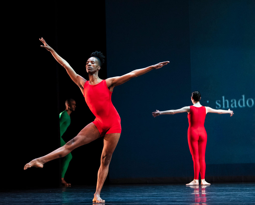 Harry Alexander, Mbulelo Ndabedi and Daphne Fernberger in London's <I>Night of 100 Solos</I>.<br />© Foteini Christofilopoulou. (Click image for larger version)