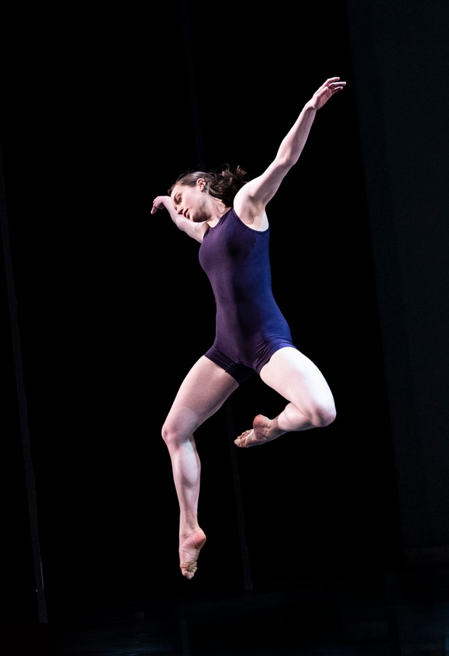 Inés Depauw in London's Night of 100 Solos.© Foteini Christofilopoulou. (Click image for larger version)