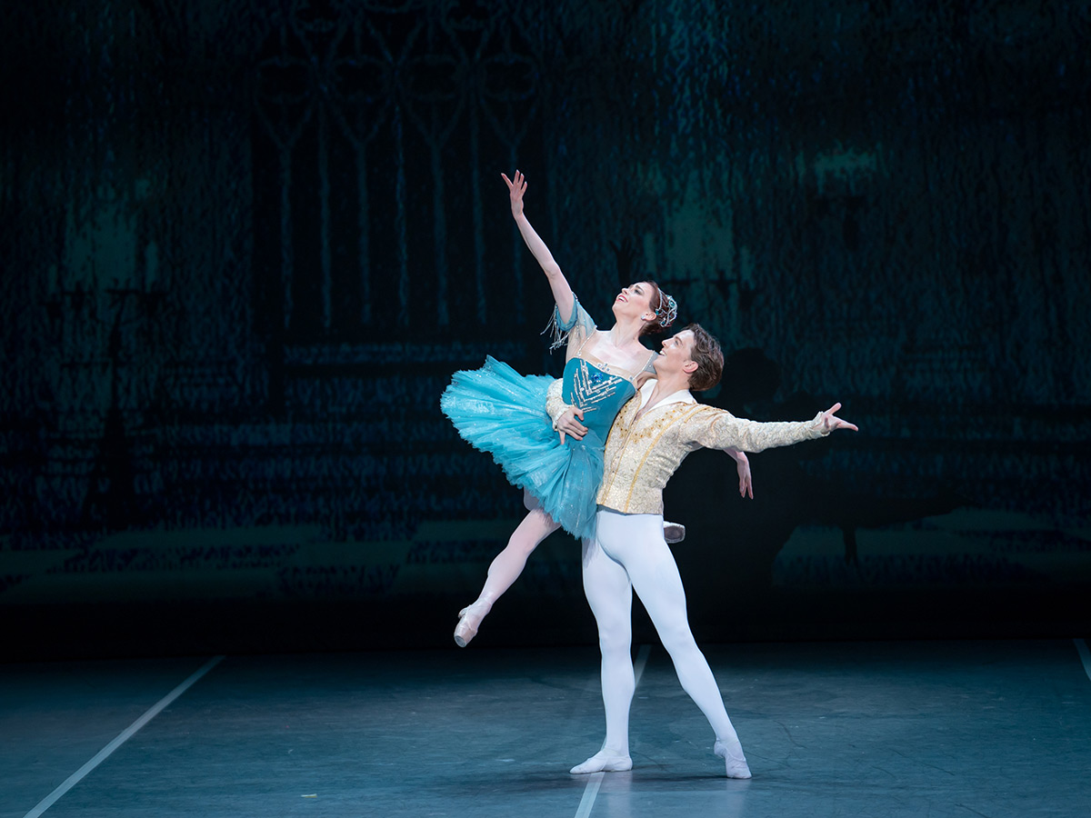 Ekaterina Krysanova and Joseph Caley in <I>Raymonda</I>.<br />© Jack Devant. (Click image for larger version)