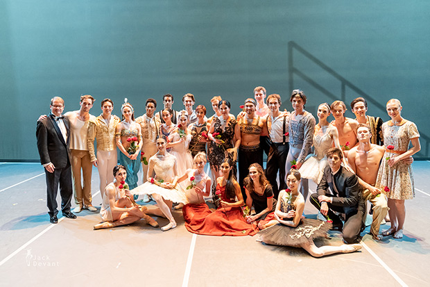 Russian Ballet Icons Gala 2019 Gala group photo.<br />© Jack Devant. (Click image for larger version)