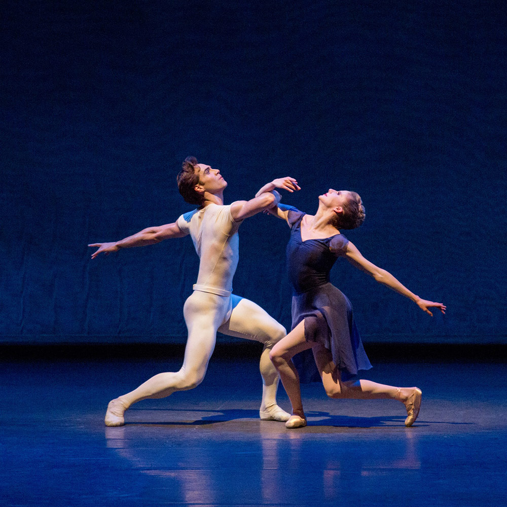 Sterling Hyltin and Gonzalo Garcia in Jerome Robbins' Opus 19/The Dreamer.© Paul Kolnik. (Click image for larger version)