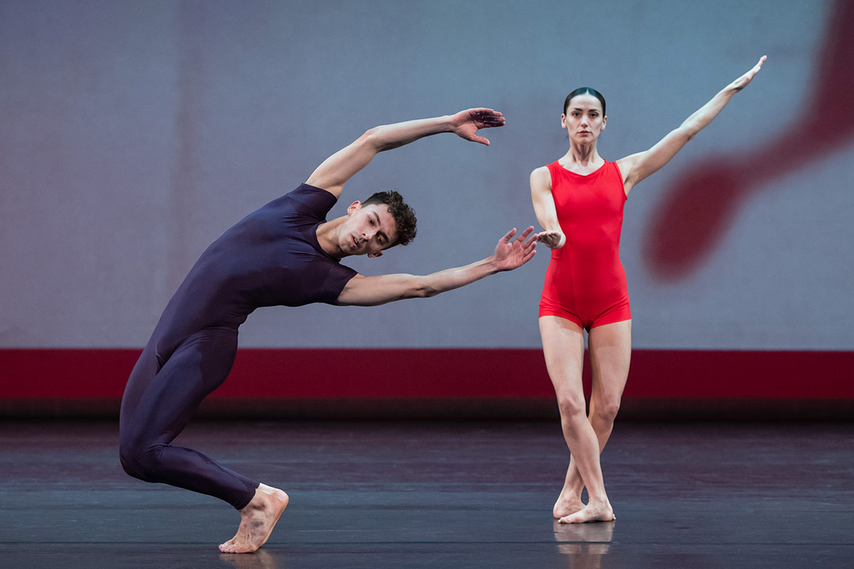 Nathan Gracia and Sophie Martin in London's Night of 100 Solos.© Stephen Wright. (Click image for larger version)