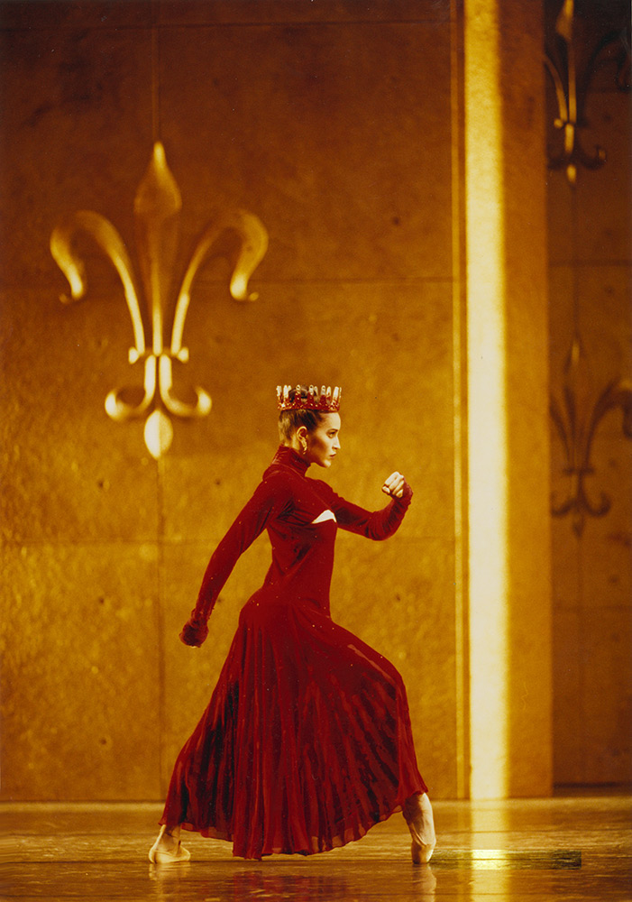 "Leticia Müller in Jasper Conran designs for David Bintley's <I>Edward II</I>.<br />© Bill Cooper, courtesy <a href=""https://www.brb.org.uk/hires/production/edward-ii"">Birmingham Royal Ballet</a> (Click image for larger version)"