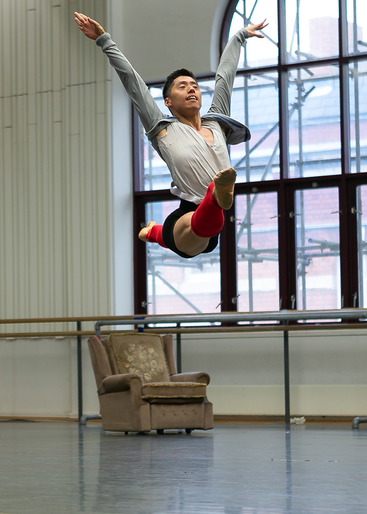 In the studio working on <I>Peter & The Wolf</I>, Tzu-chao Chou as Bird.<br />© Dasa Wharton. (Click image for larger version)