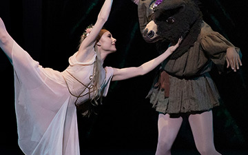 Sara Mearns as Titania in Balanchine's A Midsummer Night's Dream.© Erin Baiano. (Click image for larger version)