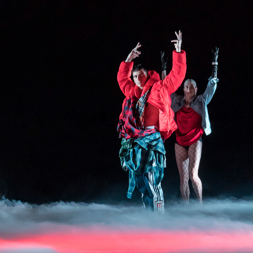Rambert in Marion Motin's Rouge.© Johan Persson. (Click image for larger version)