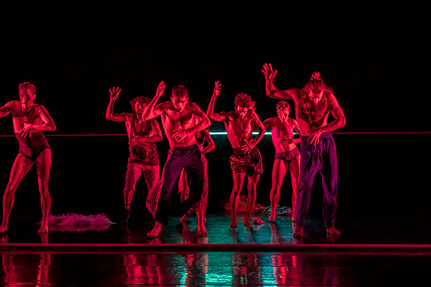 Rambert in Marion Motin's <I>Rouge</I>.<br />© Johan Persson. (Click image for larger version)