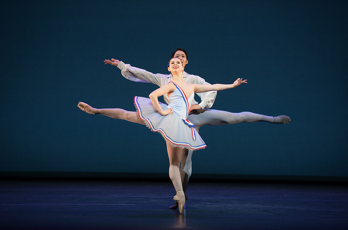 Julia Conway and Rentaro Nakaaki in Flames of Paris.© Laurent Liotardo. (Click image for larger version)