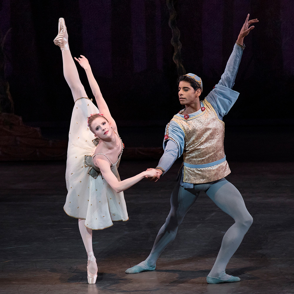 Sterling Hyltin and Amar Ramasar in Balanchine's <I>A Midsummer Night's Dream</I>.<br />© Paul Kolnik. (Click image for larger version)