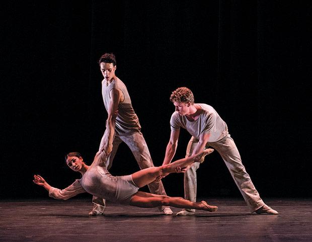 Norwegian National Ballet 2 in <I>Some See Stages</I>.<br />© Erik Berg. (Click image for larger version)