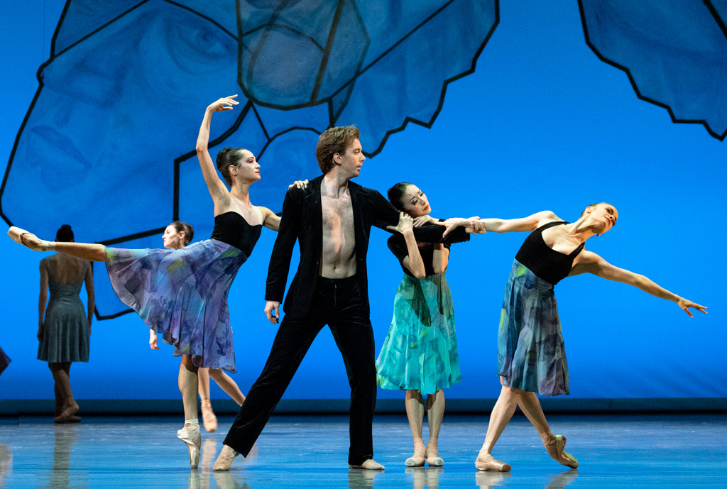 Mathilde Froustey, Ulrik Birkkjaer, Yuan Yuan Tan and Sasha De Sola in Chamber Symphony.© Foteini Christofilopoulou. (Click image for larger version)