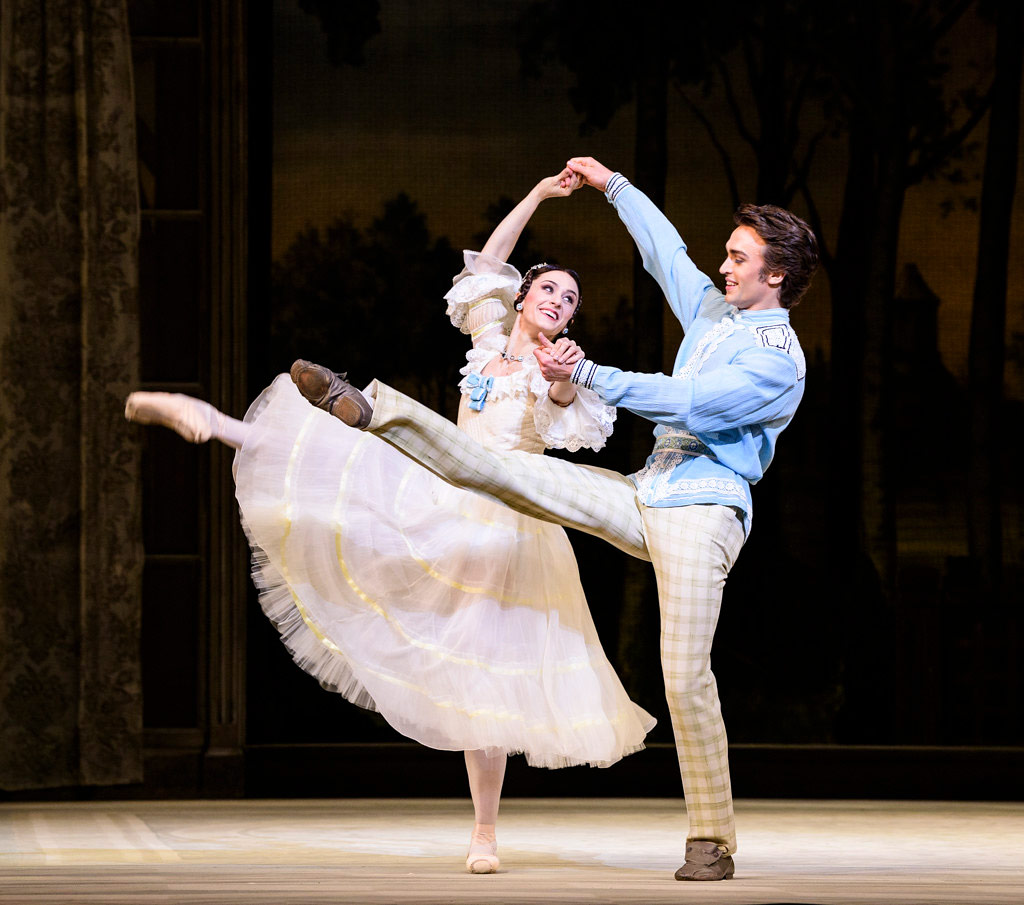 Marianela Nuñez and Matthew Ball in <I>A Month in the Country</I>.<br />© Foteini Christofilopoulou, courtesy the Royal Opera House. (Click image for larger version)
