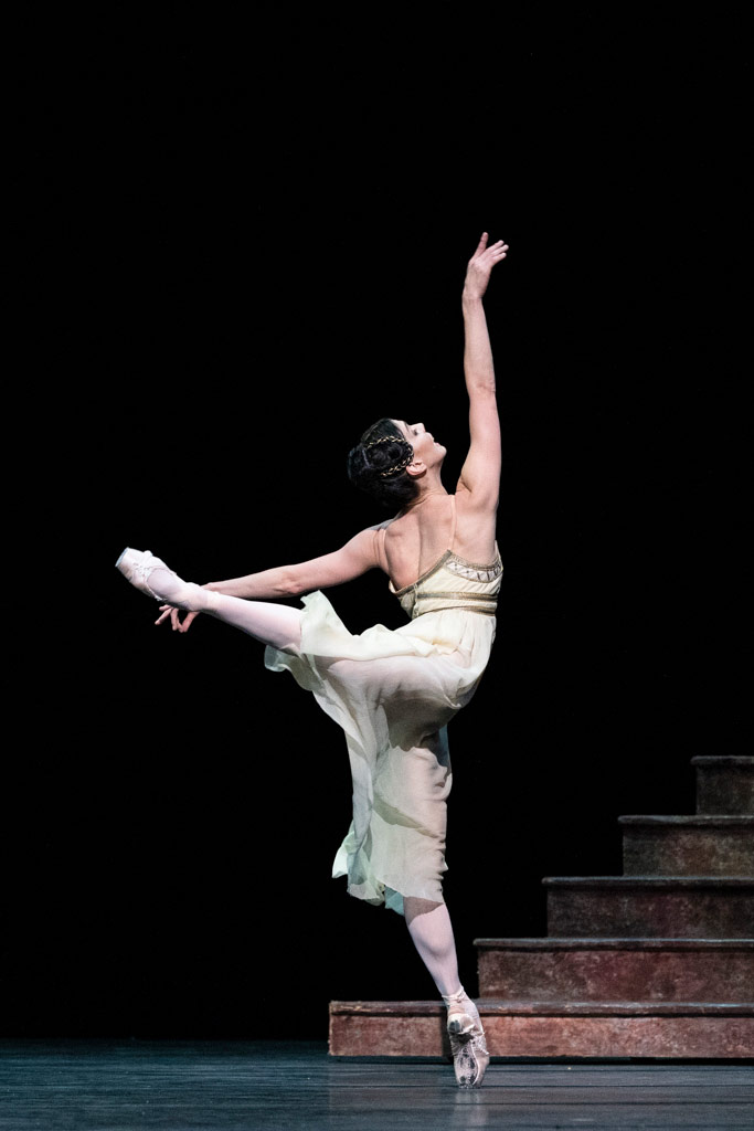Natalia Osipova in Romeo and Juliet.© Foteini Christofilopoulou, courtesy the Royal Opera House. (Click image for larger version)