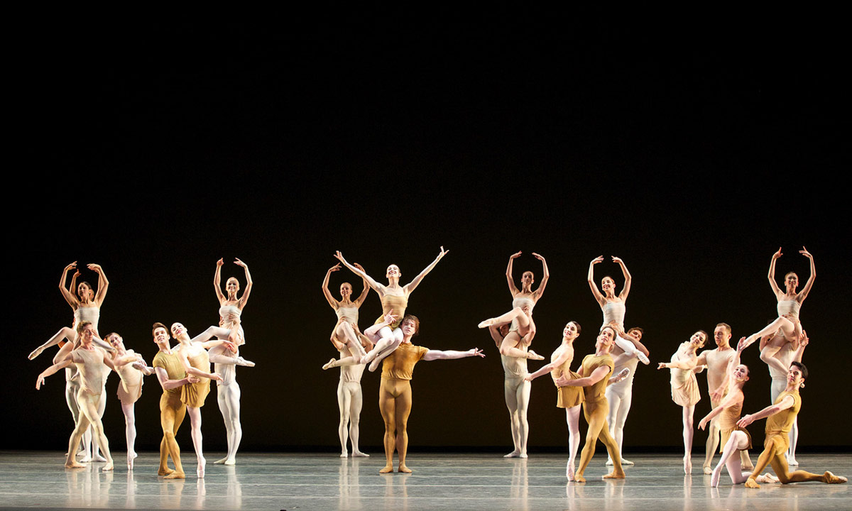 American Ballet Theatre in The Brahms-Haydn Variations.© Marty Sohl. (Click image for larger version)