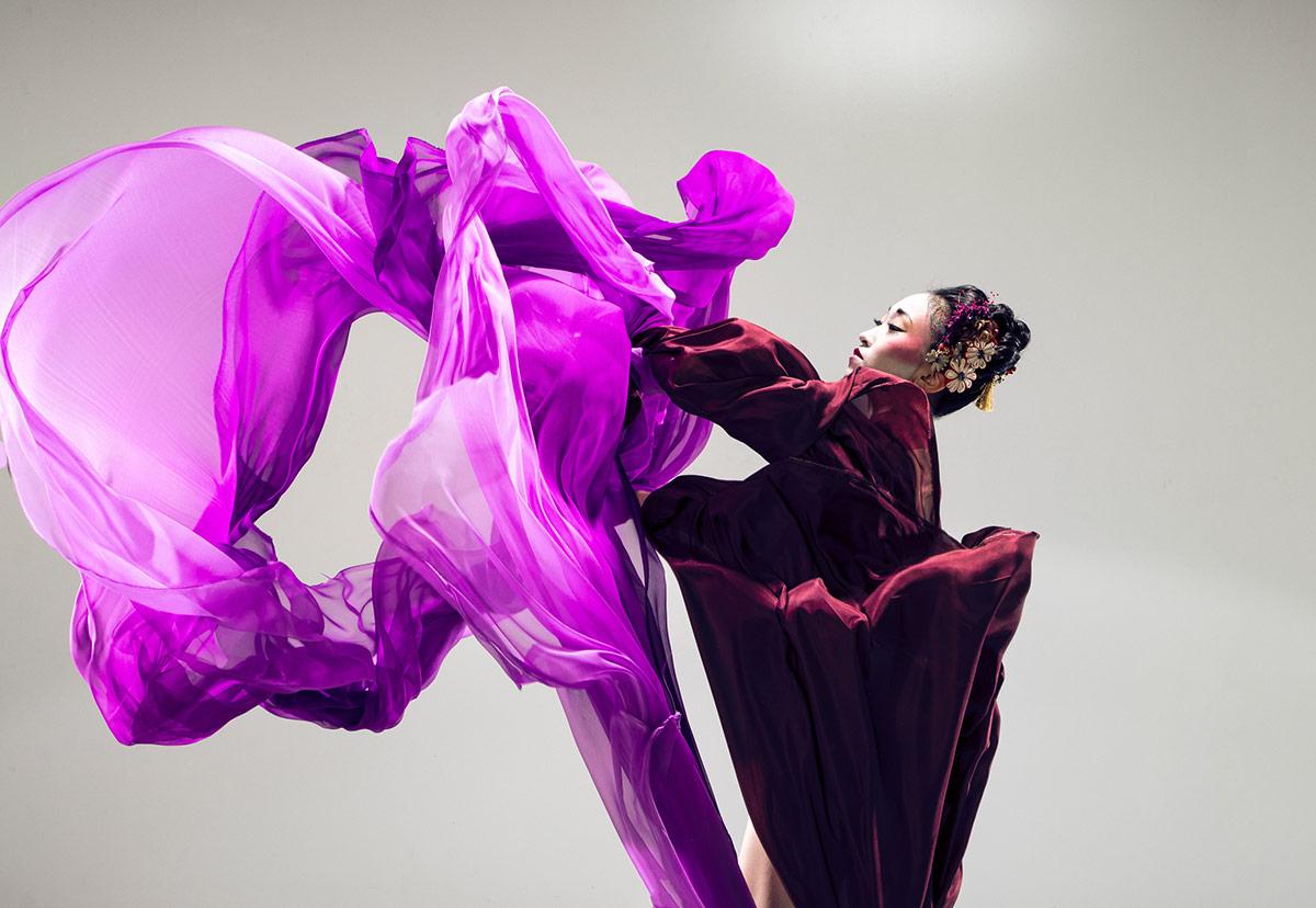 <I>Geisha</I> publicity image.<br />© Northern Ballet. (Click image for larger version)