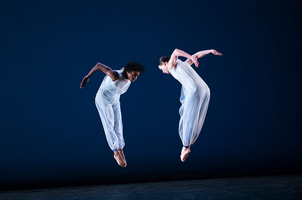 Laura Halzack and Devon Louis in Tanowitz's <I>all at once</I>.<br />© Paula Lobo. (Click image for larger version)