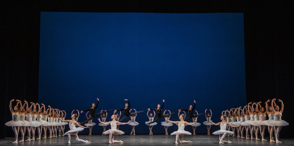 The Royal Ballet in Symphony in C.© Tristram Kenton, courtesy the Royal Opera House. (Click image for larger version)