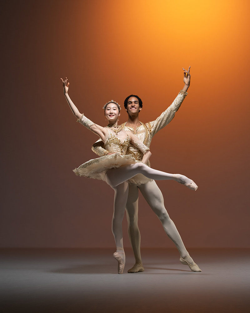 Hanna Park and Davi Ramos in Paquita studio image.© ASH. (Click image for larger version)