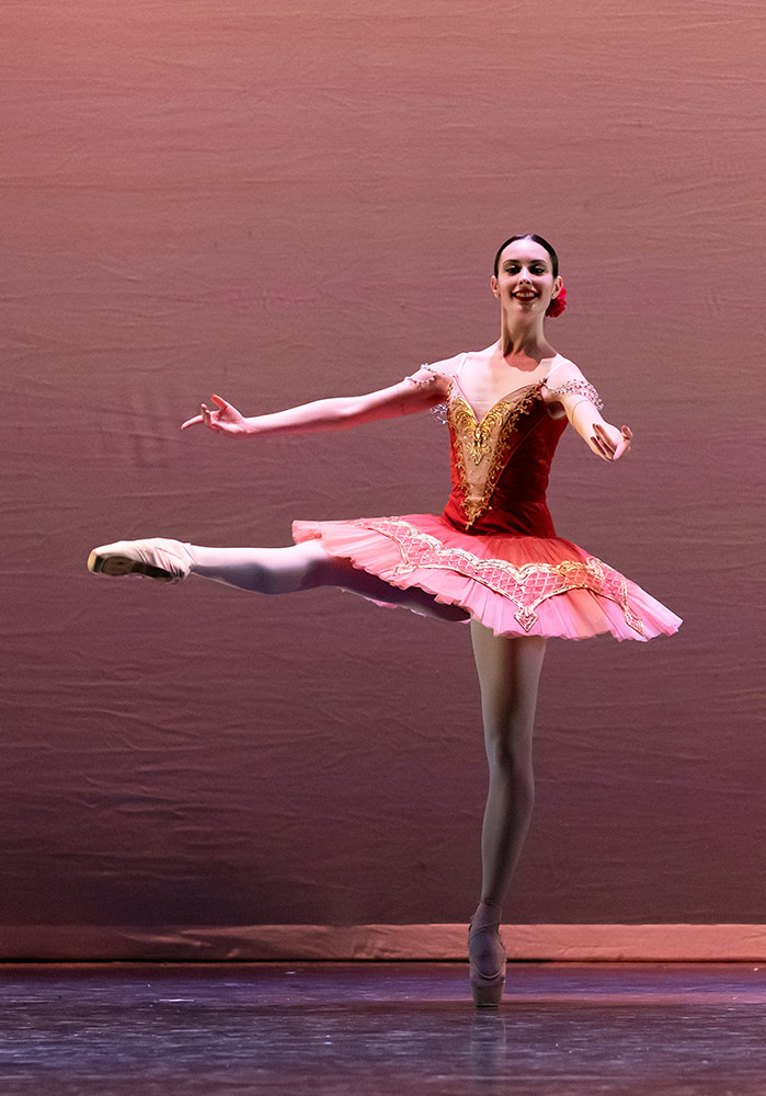Vania De Rosas in Paquita.© Emma Kauldhar. (Click image for larger version)