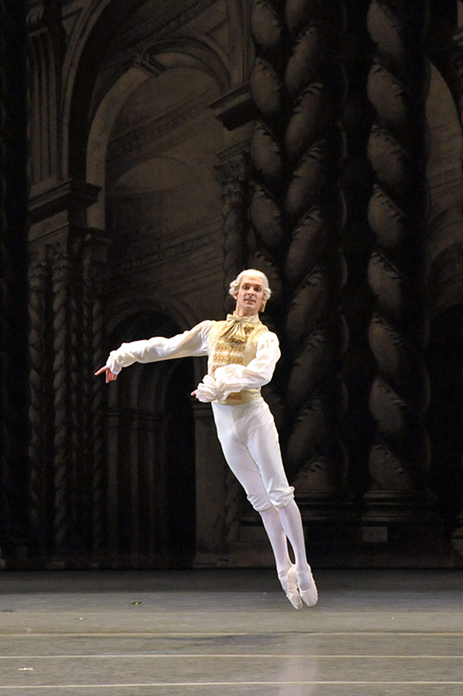 Joseph Gorak in <I>The Sleeping Beauty</I>.<br />© John Grigaitis. (Click image for larger version)