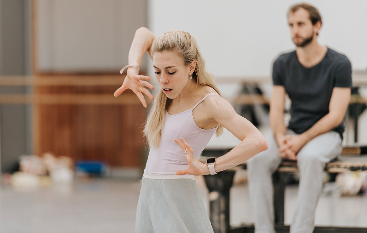 Constance Devernay in rehearsals for The Crucible.© Mihaela Bodlovic. (Click image for larger version)