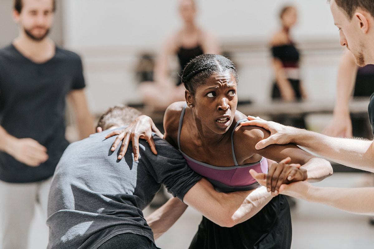 Senior Guest Artist Cira Robinson (of Ballet Black) in Scottish Ballet's rehearsals for The Crucible .© Mihaela Bodlovic. (Click image for larger version)