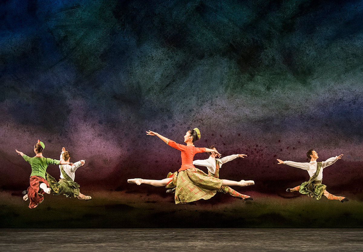 Royal Ballet School in David Bintley's Flowers of the Forest.© Tristram Kenton. (Click image for larger version)