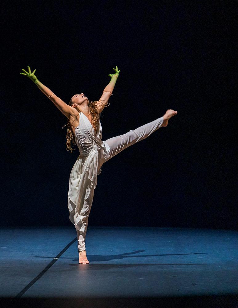 Natalie Alleston in Jeanguy Saintus' <I>The Rite of Spring</I>.<br />© Tristram Kenton. (Click image for larger version)